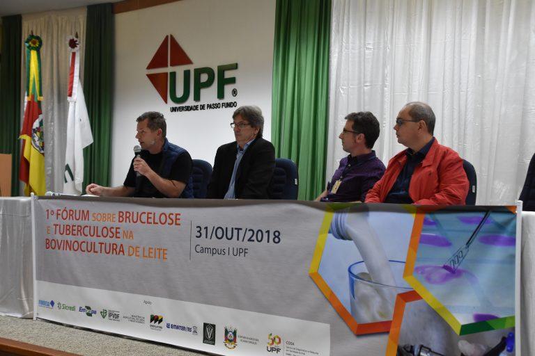 Sindilat participa do 1° Seminário de Brucelose e Tuberculose na Bovinocultura do Leite