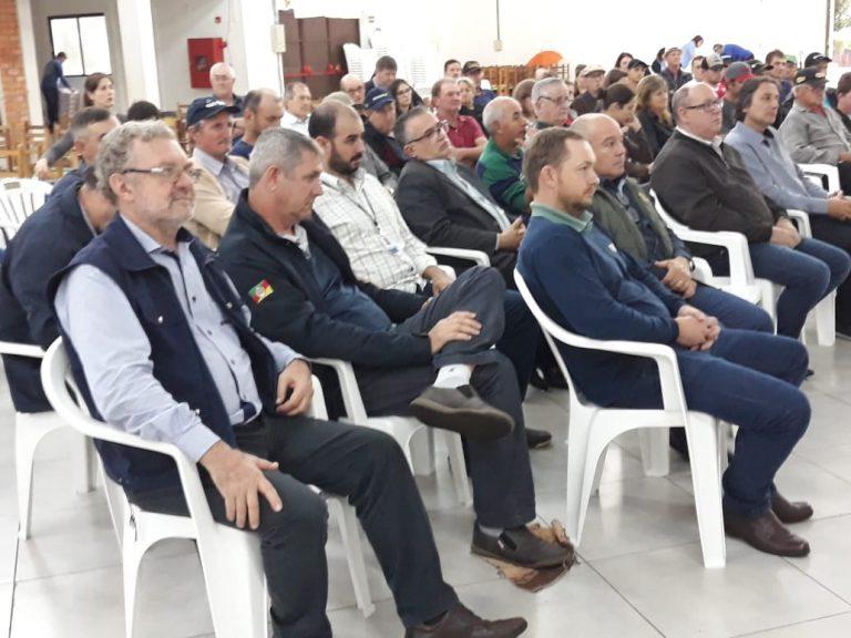 Fórum reúne produtores de leite em Augusto Pestana
