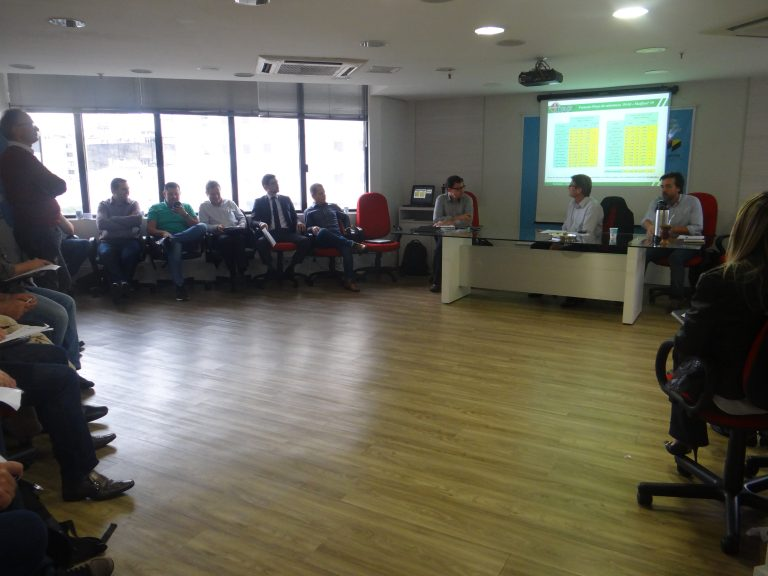 Reunião dos associados debate o cenário das indústrias de laticínios