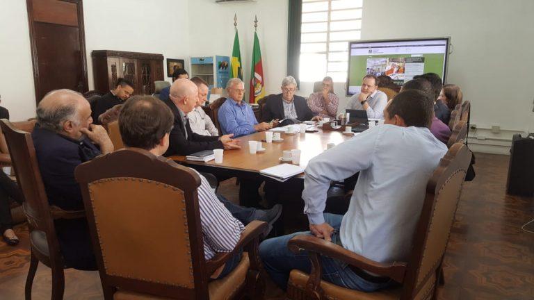 Entidades se reúnem para discutir inspeção sanitária no Estado