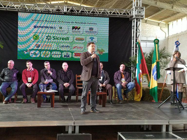 Futuro da atividade leiteira é tema de seminário em São Lourenço do Sul