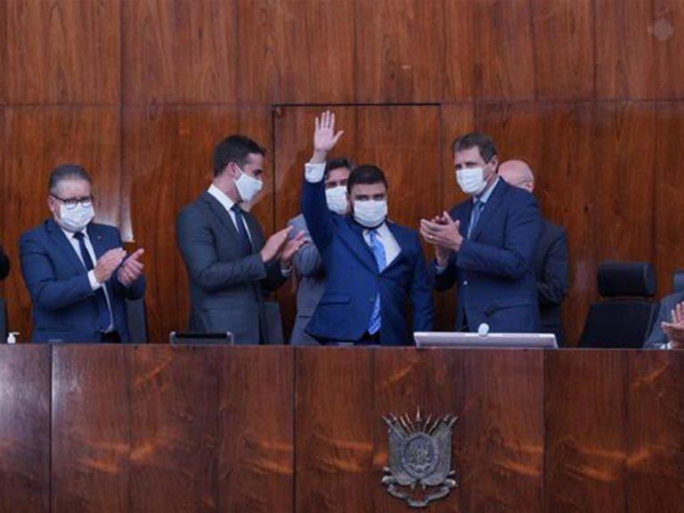Sindilat participa de posse da Mesa Diretora da ALRS