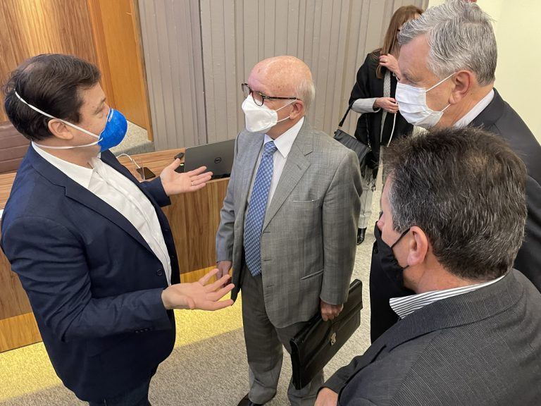 Uruguai apresenta projeto de integração comercial e investimento logístico